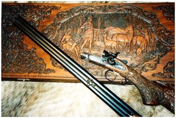 Hunting Gun with Box