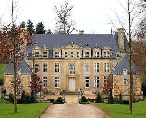 Château de la Motte....  Acqueville, Orne, Normandie, France....  http://www.castlesandmanorhouses.com/photos.htm