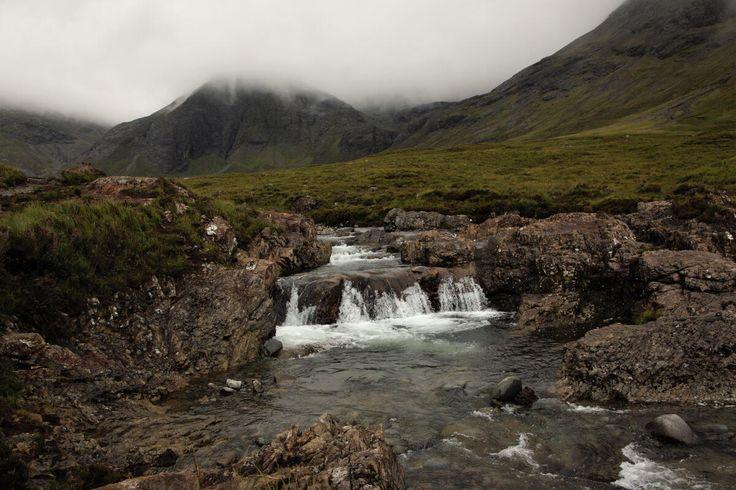 Voyage en Ecosse : direction Isle of Skye  #ECOSSE #SCOTLAND #PONT #ROUTE #cascade  http://www.bien-voyager.com/roadtrip-ecosse-isle-of-skye/