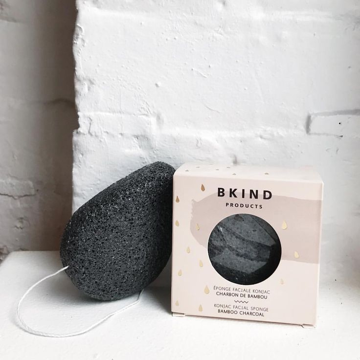 NEW PRODUCT ALERT✨ In order to complete your beauty routine, we added the perfect accessory: The Konjac facial sponge ! It cleans your face and removes all impurities while gently exfoliating your skin.