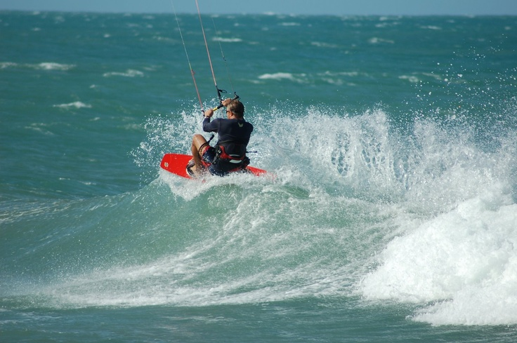 Kite surfing in Sri Lanka