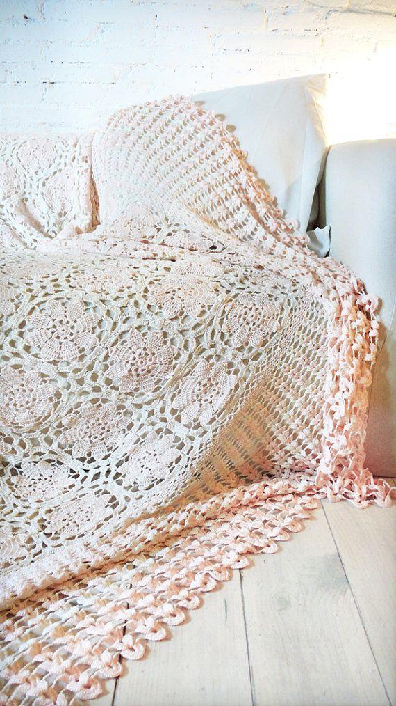 Vintage crocheted blanket Flowers por lacasadecoto en Etsy, €59.00