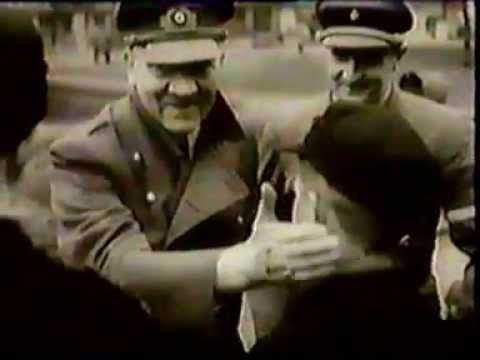 Die Deutsche Wochenschau - 1945-03-22 - Nr.755 - Berlin, Hi tler zeichne...