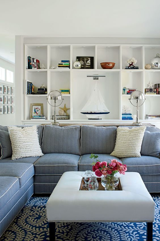 Elegant Beach House Cottage Living Room With Gray Sofa Very Clean Looking A More Modern Vibe