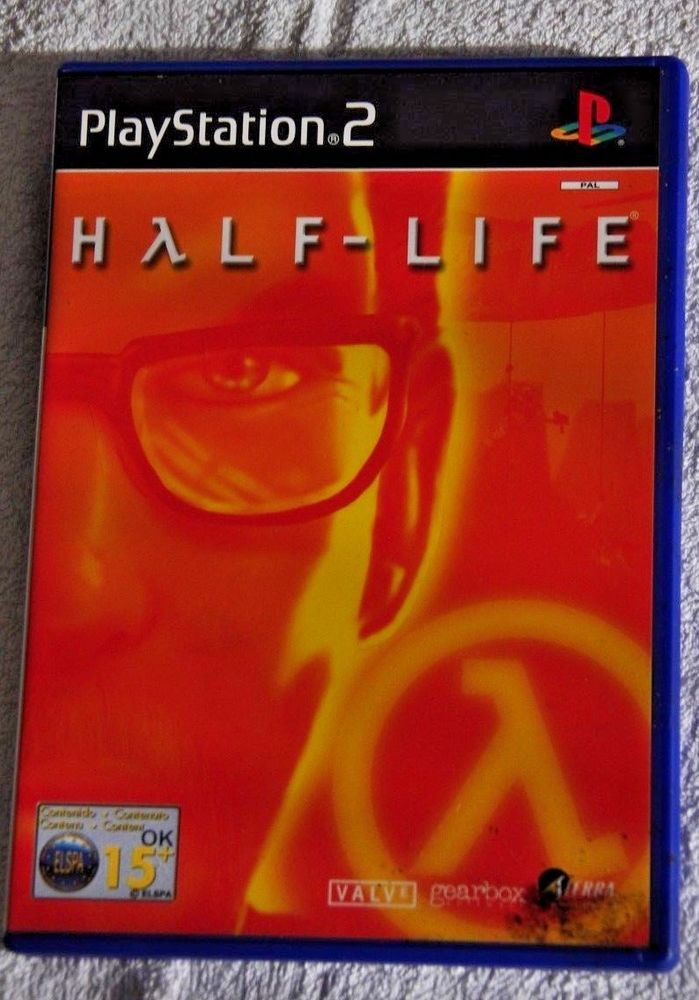 HALF - LIFE   Sony Playstation 2 Video Game    PS2