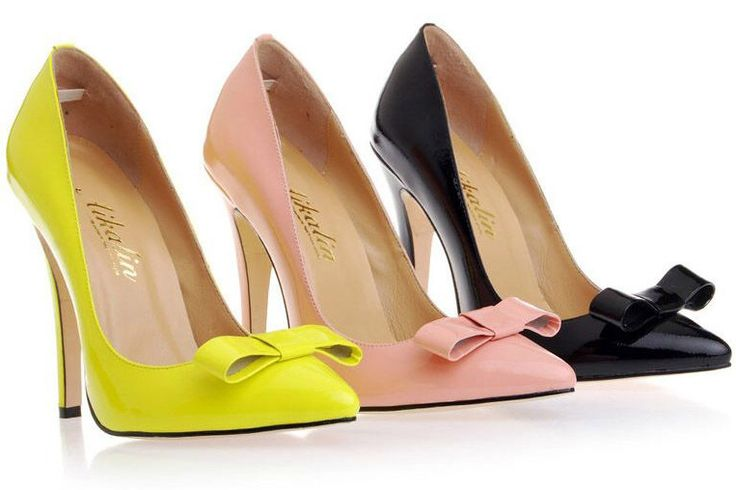 Classy pumps with handmade bow! Available in an assortment of colours.