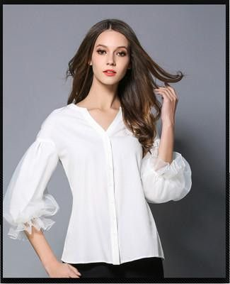 Gender: Women Brand Name: TAOYIZHUAI Decoration: Embroidery Style: Fashion Sleeve Style: lantern Sleeve Sleeve Length: Half Collar: V-Neck Fabric Type: Knitted Model Number: SX-463H Clothing Length: R