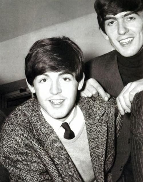 Paul McCartney and George Harrison | Paul McCartney ... George En Paul