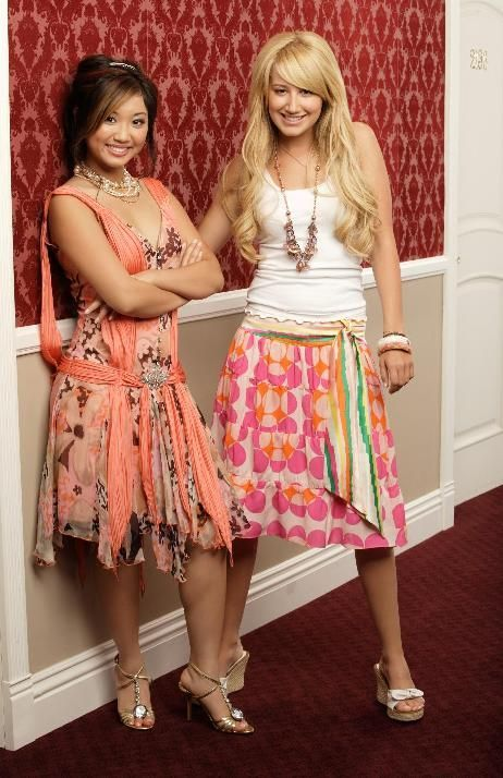 25 Best Ideas About London Tipton On Pinterest Suite Life Sweet Life On Deck And Best