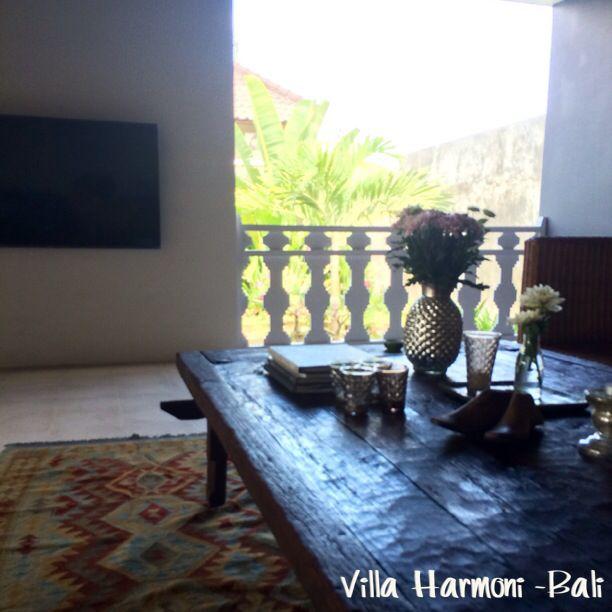 Tv aera, livingroom moderne Villa Harmoni