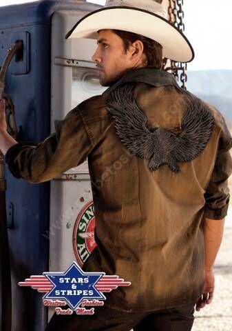 50-DAVE   Camisa vaquera Stars & Stripes para hombre hecha de una tela 100% algodón tratada con un lavado especial para un conseguir un look desgastado y en la espalda tiene bordada una espectacular águila. A la venta en Corbeto's Boots.
