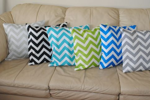 """READY TO SHIP: Chevron is a trendy pattern right now. Grab your cases to decorate your living area or bedrooms in your house.   Size: 18""""x18""""  zipper close  Contact us with any questions you might have boppybydesign@gmail.com"""