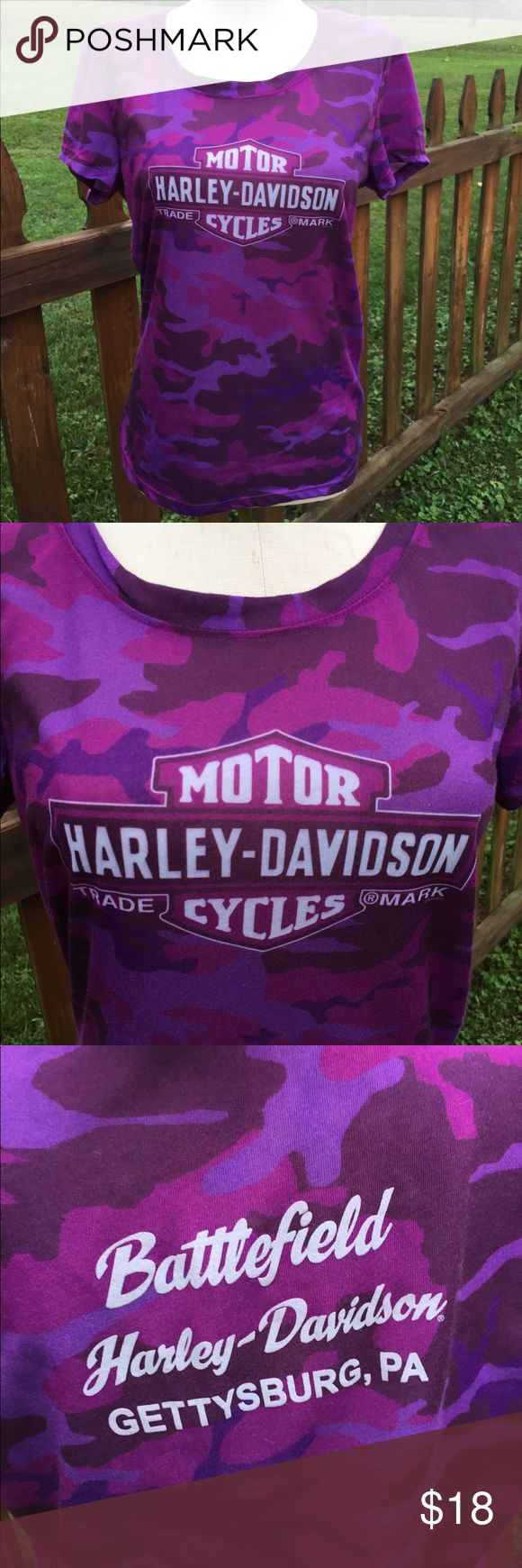 Harley Davidson Camo Style Shirt Size Medium Size medium. Super gently preowned. Be sure to view the other items in our closet. We offer  women's, Mens and kids items in a variety of sizes. Bundle and save!! We love reasonable offers!! Thank you for viewing our item!! Harley-Davidson Tops