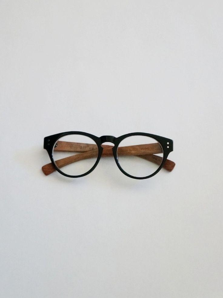 Sagawa Fuji glasses