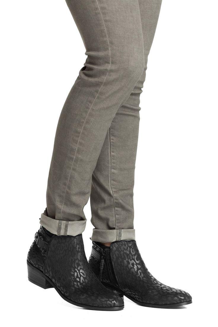 Leuke schoenen met luipaardprint. Leuk voor onder een vlotte jeans of onder een jurkje ♥