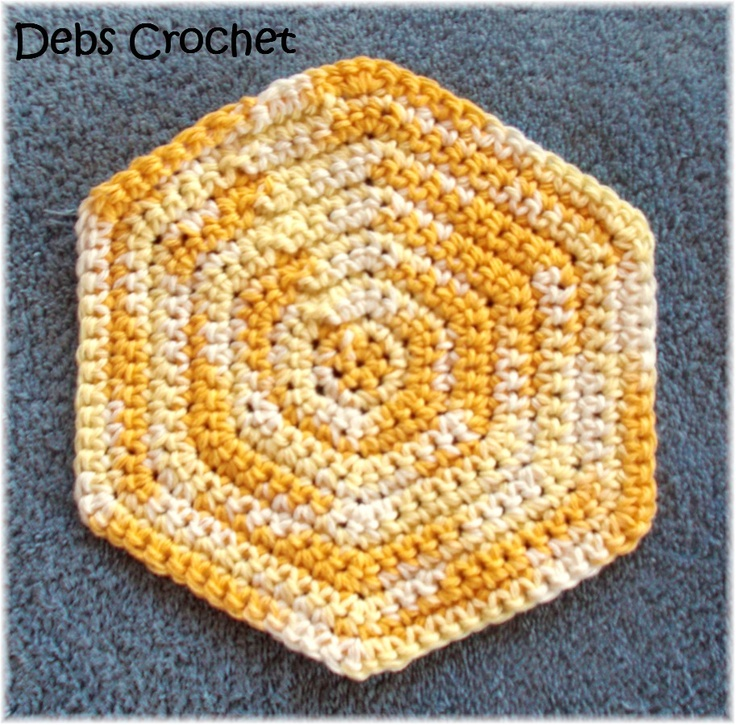 Debs Crochet: Hexagon Dishcloth / Washcloth Free Crochet Pattern-A basic design everybody should have in their arsenal.
