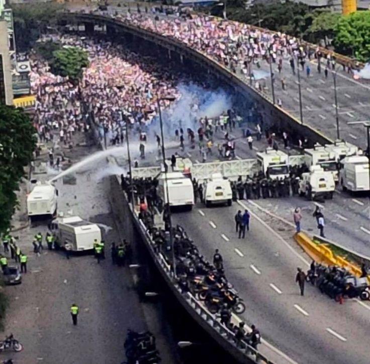 Venezuela lucha por su Democracia Abril 2017