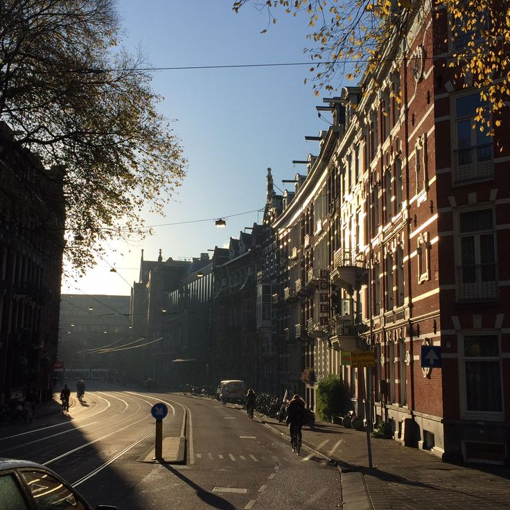#Amsterdam #morningsun Photography by @JansjeJKF
