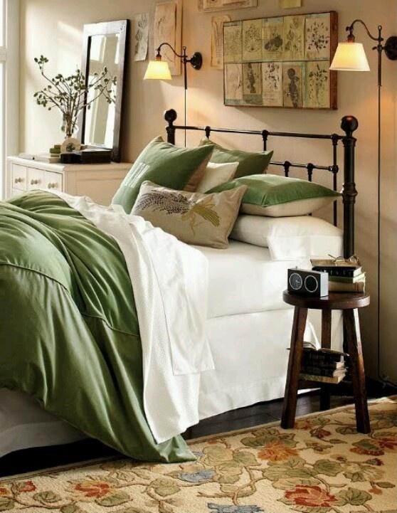 Green bedroom, pb