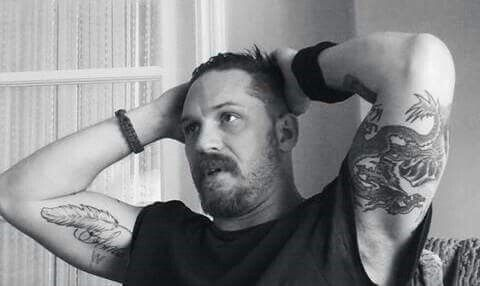 Tom Hardy muscles and tattoos. I want to bite his arms ❤❤❤