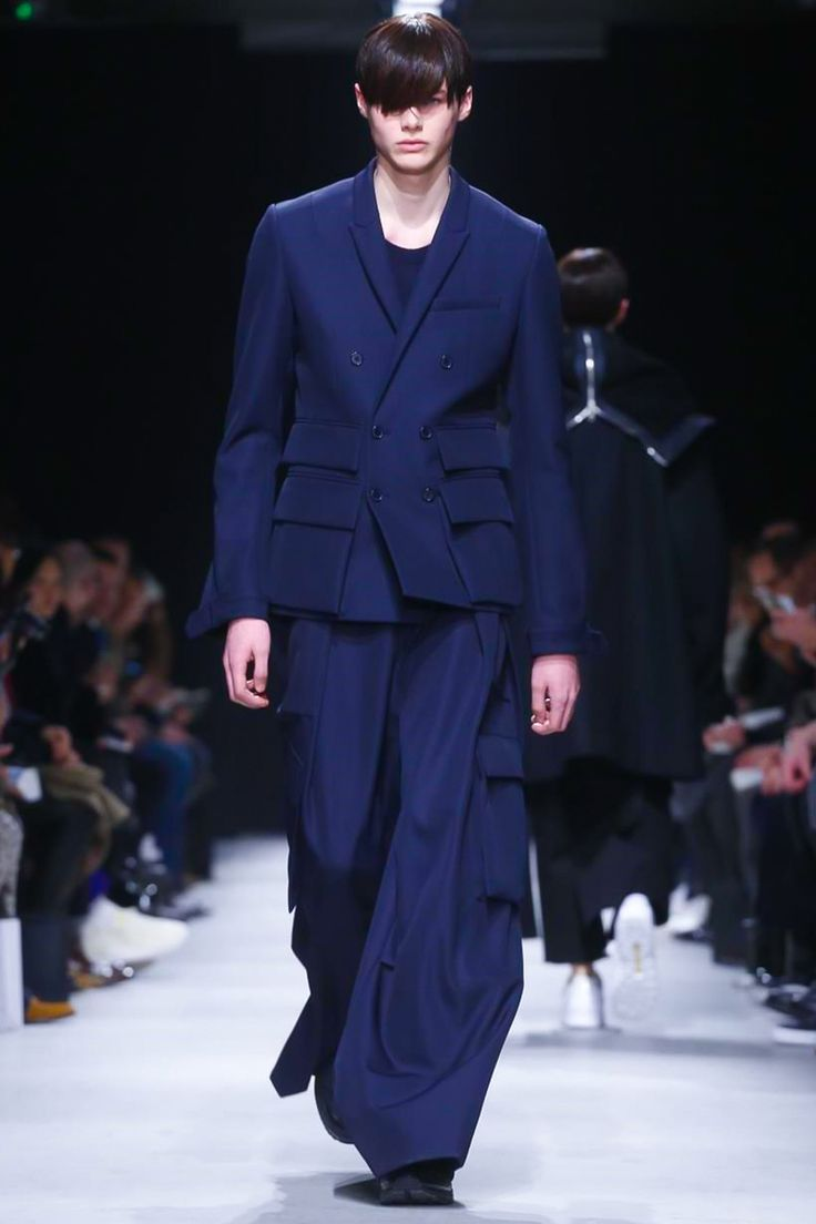 Juun J Mens - Paris  #2015 #2016, #automne #hiver, #JuunJ, #collection, #hommes, #Mens, #menswear, #Mode, #Fashion #parisfashionweek #fall #winter #Style