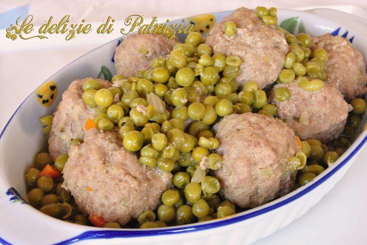Polpette di carne con piselli ©Le delizie di Patrizia Gabriella Scioni Ricette su: Facebook: https://www.facebook.com/Le-delizie-di-Patrizia-194059630634358/ Sito Web: https://ledeliziedipatrizia.com