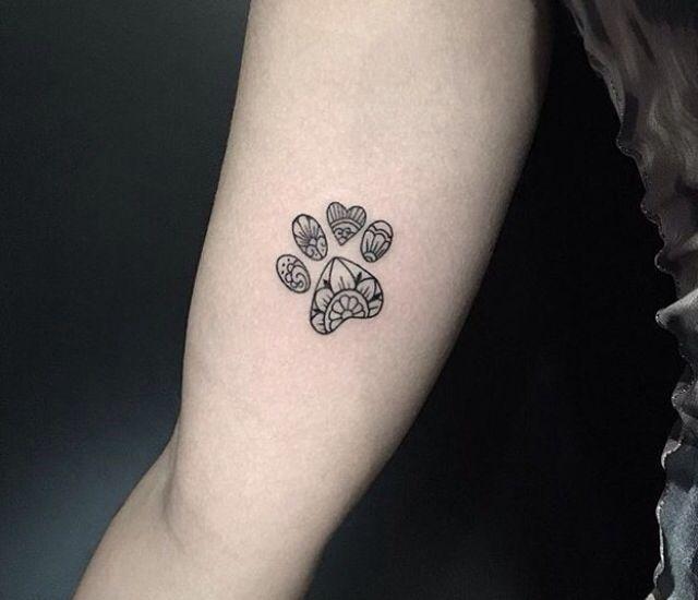 pin de miryam medina en tatuajes perros pinterest tatuajes tatuajes perros y ideas de tatuajes. Black Bedroom Furniture Sets. Home Design Ideas