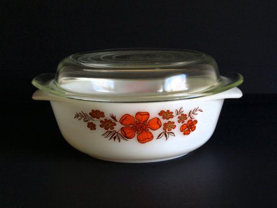 Retro Vintage Crown Agee Pyrex Flower - Geraldton Wax - Small Pyrex Casserole…