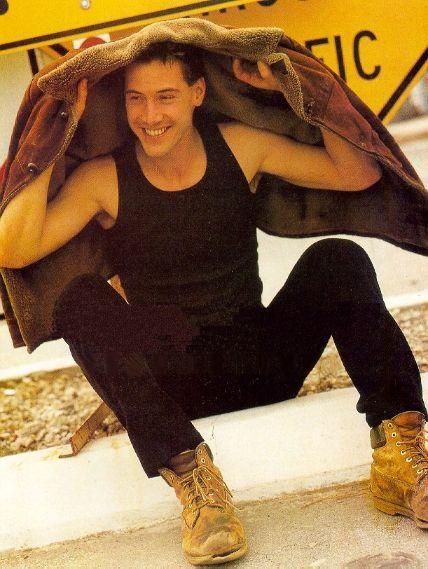 Keanu Reeves sexy. #balimojo #gaymen #partypills