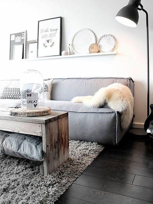 """Cómo crear un rincón """"lounge"""" en tu salón: apuesta por el color gris"""