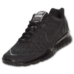 all black cross training shoes
