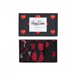 Celebra este día de San Valentín regalando una caja regalo con tres pares de calcetines Happy Socks. Calcetines con diseño de flechas, con corazones y con rosas. Esta caja regalo es perfecta para demostrar tu amor a esa persona tan especial. Los tres pares de calcetines vienen presentados en una caja regalo cubierta de corazones de color rojo. Caja regalo Happy Socks disponibles en todas las tallas.