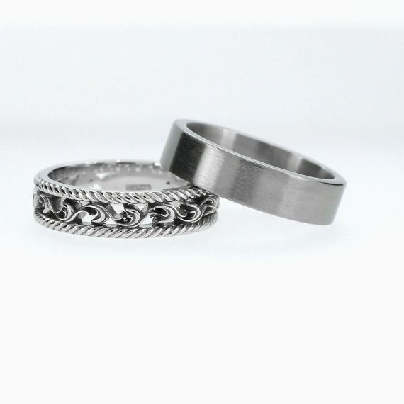 Baroque and Modern Classic ring set in White Gold