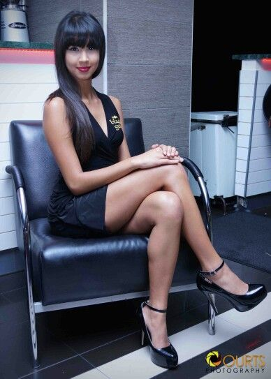 Miss Jessie #deckparty #radissonblu #blackgold #blackdress #gorgeous #minishoot
