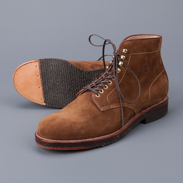 Alden Snuff suede round toe boots on crepe – Frans Boone Store