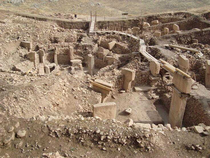 Очередная археологическая находка в Хангаласском районе: около села Тит-Ары были обнаружены останки неизвестного животного ледникового периода. Кости, по предварительной версии, шерстистого носорог…