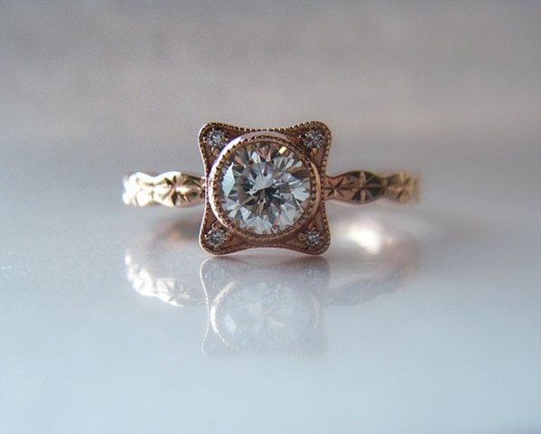 Wow Hand Engraved 14k Rose Gold Star Pattern Diamond