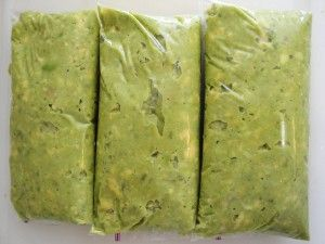 How to FREEZE Avocados! I never knew, this will definitely come in handy. I love avacados and would buy more of them but I'm sure most would go bad before I used them up.
