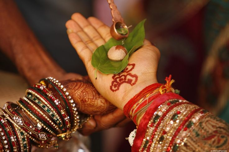 Pre-wedding Gujarati rituals at banquet halls in Ahmedabad
