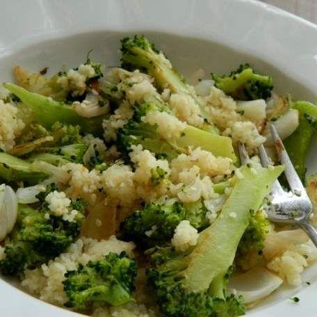 Recept Brokolice na česneku s kuskusem od lussy - Recept z kategorie Hlavní jídla - ostatní