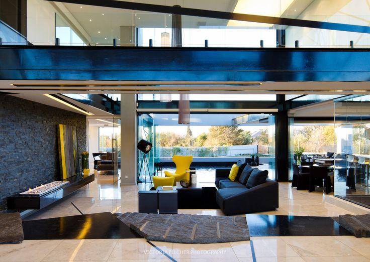 Double volume open plan living space House Ber - Nico van der Meulen Architects
