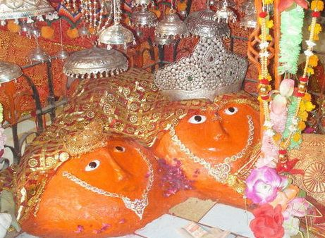 Hinglaj and Mahishamardini Shivaharkaray (Karavipur ) Shakti Peetas http://hindumythologybynarin.blogspot.ae/2013/05/hinglaj-and-mahishamardini.html