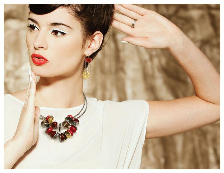 Collier/Necklace: RANU 04-E | Boucles d'oreilles/Earrings: HOANI 06