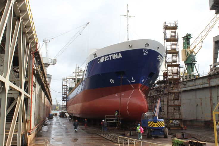 Docking of general cargo Christina Photo: J. Staluszka