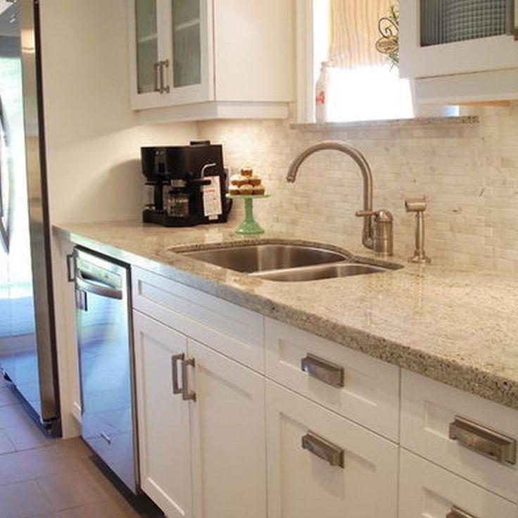 Kitchen Countertop And Backsplash Combinations: 16 Best Cabinet Hardware Placement Images On Pinterest