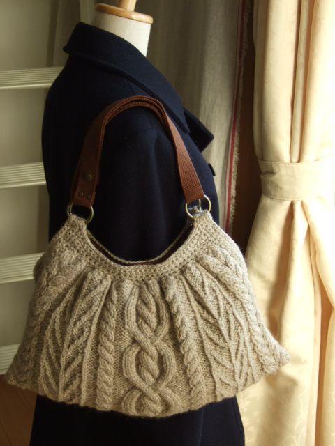 アラン模様バッグ試し編み - sunnyafternoonの編みもの                                                                                                                                                                                 もっと見る