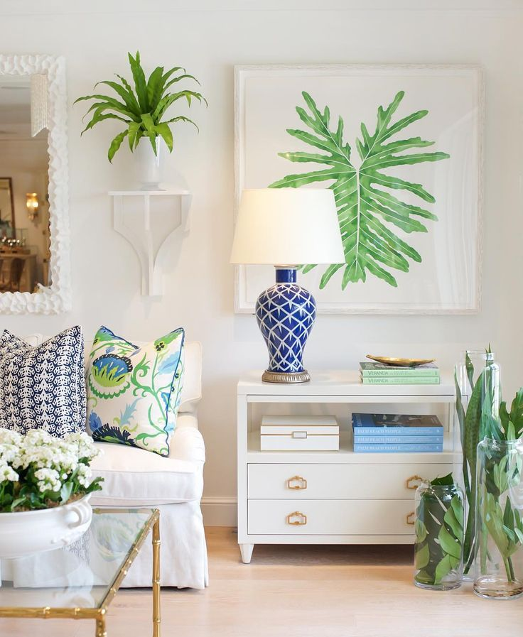 Combination Of Green Cobalt Blue In This Vignette Featuring Custom Pillows Find Pin And More On Decorating