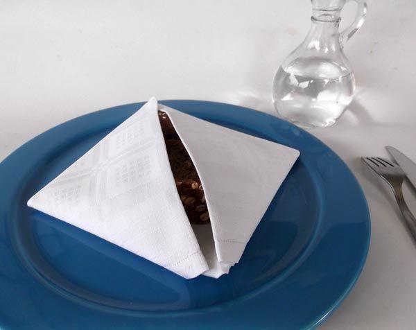 δίπλωμα πετσέτας φαγητού, πώς να διπλώσω τις πετσέτες φαγητού, διακόσμηση τραπεζιού, χαρτοπετσέτες φαγητού πως διπλώνονται, πετσέτες φαγητού διακόσμηση,