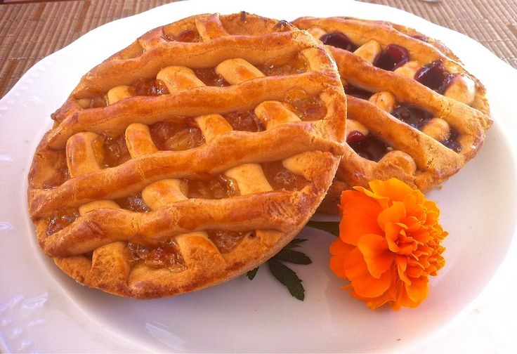 Greek Jam Tart Recipe (Pasta Flora) - My Greek Dish