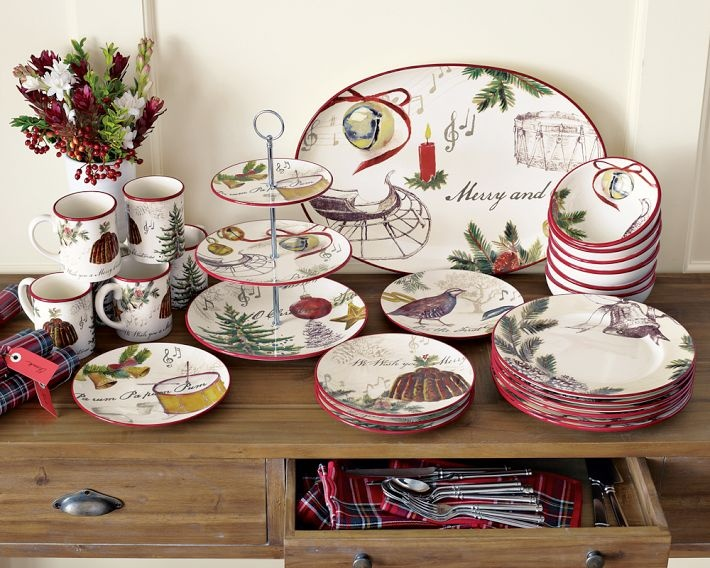Christmas Carols Dinnerware from Williams Sonoma. & 150 best Christmas Tableware images on Pinterest | Christmas china ...